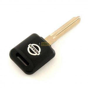 Ключ за Nissan с място за транспондер