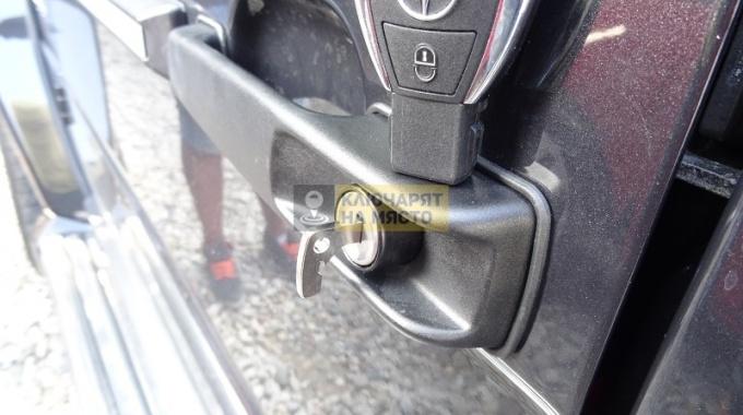 Ключ за Mercedes G-Class 63 AMG Механика