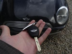 Ключ за Mini Cooper 2003 - Обучение на чип и дистанционно