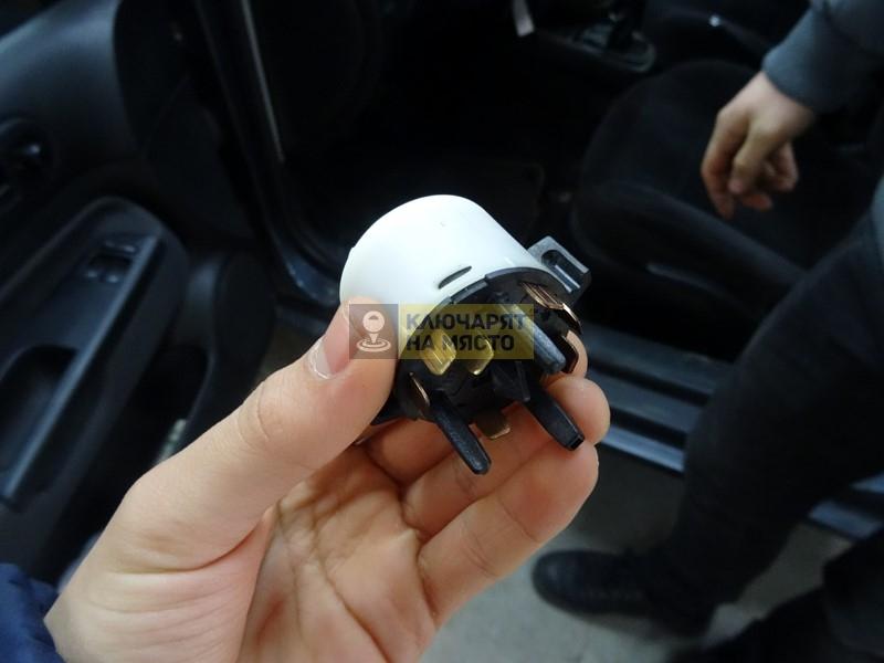 Клеморед за VW Golf IV 2000г. – Смяна