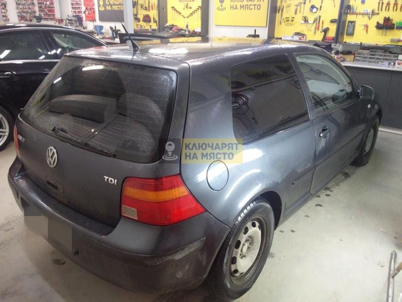 Смяна на брава на VW Golf 4