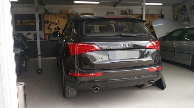 Ремонт брава на Audi Q5 2011