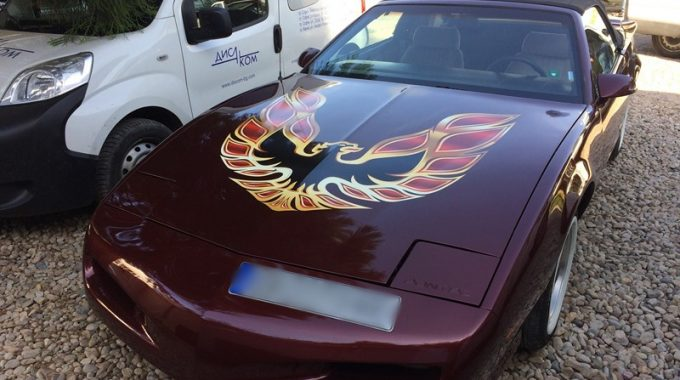 Pontiak Firebird 1992 – Ремонт на брава на багажник